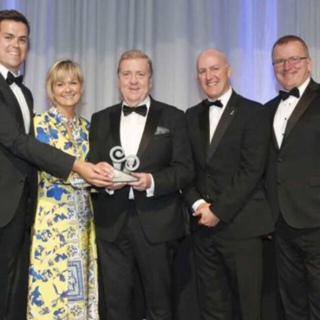 https://www.harteoutdoorlighting.ie/wp-content/uploads/2019/12/HarteWinningRegionalSmallBusinessAward2019-cropped-640x640.jpg